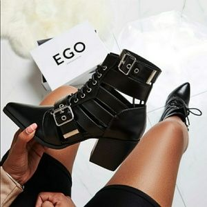 Shoes - Cotto Cut Out Lace Up Ankle